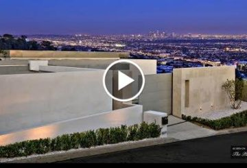 4,500 SQ FT home rule WITH stunt man unoccupied Views of the Los Angeles