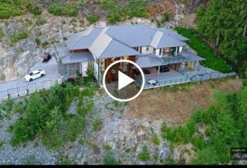 Spectacular $5 Million 7,000 SQ FT Modern Home WITH Stunning Panoramic Views in Canada